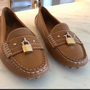 Louis Vuitton Flat Loafers brand new